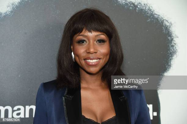 Amanda Warren attends the screening of Roman J Israel Esq at Henry R Luce Auditorium at Brookfield Place on November 20 2017 in New York City