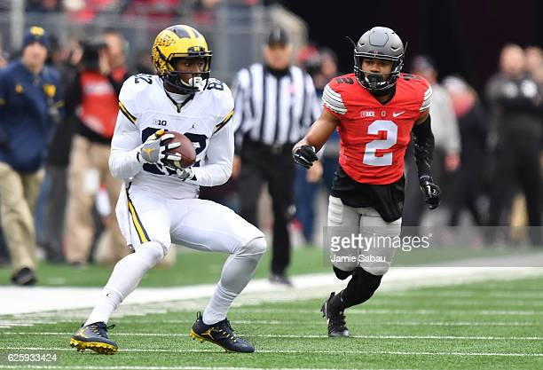 Amara Darboh of the Michigan Wolverines catches a pass during the first quarter against the Ohio State Buckeyes at Ohio Stadium on November 26 2016...