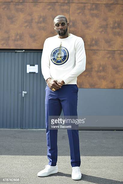 Amare Stoudemire poses wearing a Kenzo sweatshirt on June 27 2015 in Paris France