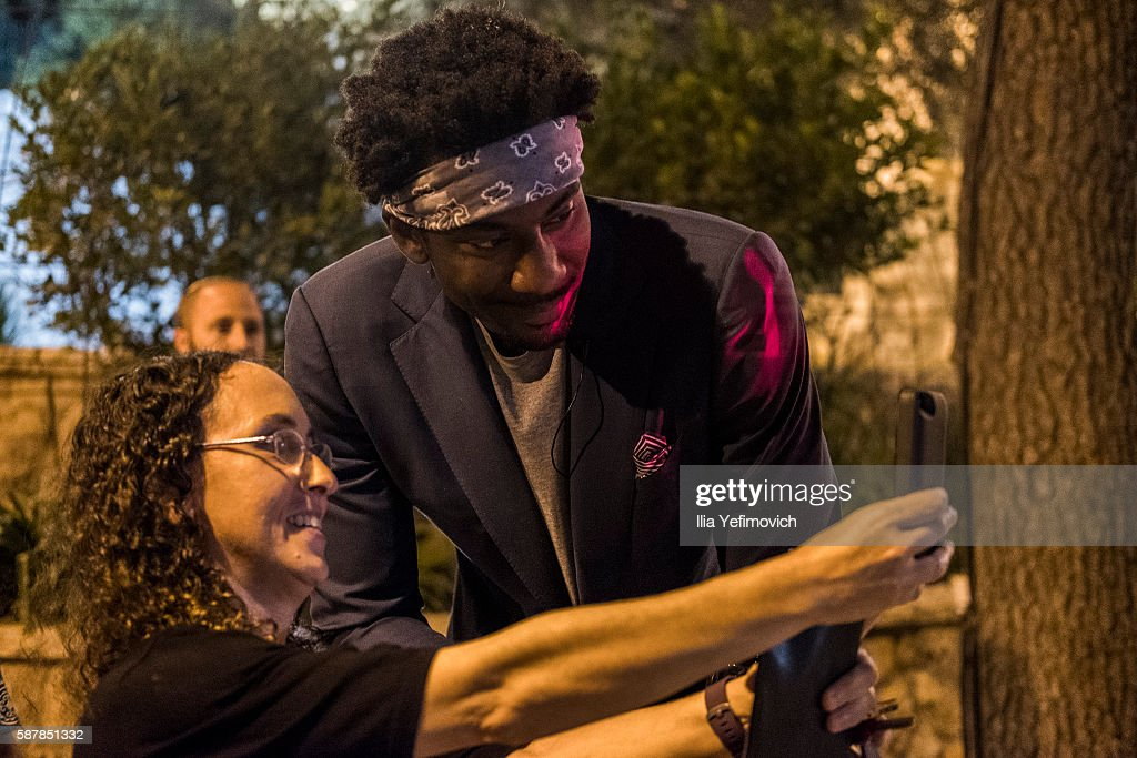 Amar'e Stoudemire takes a selfie during a contemporary art exhibition at Ana Tiho center on August 9, 2016 in Jerusalem, Israel. Stoudemire, who has played for the Phoenix Suns, New York Nicks, Dallas Mavericks, and Miami Heat, retired from the NBA recently to play for Hapoel Jerusalem.