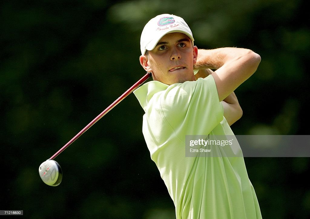 Amateur <a gi-track='captionPersonalityLinkClicked' href=/galleries/search?phrase=Billy+Horschel&family=editorial&specificpeople=565390 ng-click='$event.stopPropagation()'>Billy Horschel</a> watches his tee shot on the 15th hole during the second round of the 2006 US Open Championship at Winged Foot Golf Club on June 16, 2006 in Mamaroneck, New York.