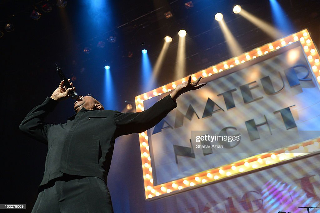 Amateur Night Set It Off Man, Joe Gray performs during Amateur Night at The Apollo Theater on March 6, 2013 in New York City.