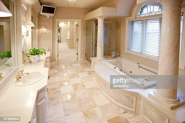 Beeindruckende Marmor-Innenausstattung Hause Badezimmer
