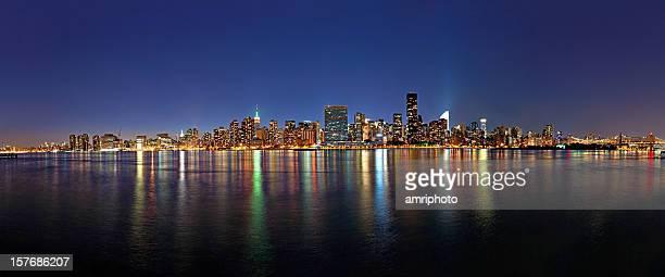 Increíble vista panorámica de manhattan en el crepúsculo