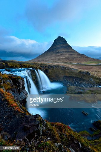 Amazing sunset the top of Kirkjufellsfoss waterfall : Stock Photo