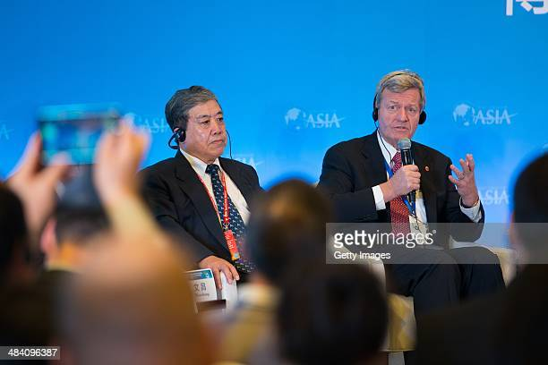 US ambassador to China Max Baucus attends the 'China and the Unites States Positive Interaction in the Asia Pacific' session as a part of the Boao...