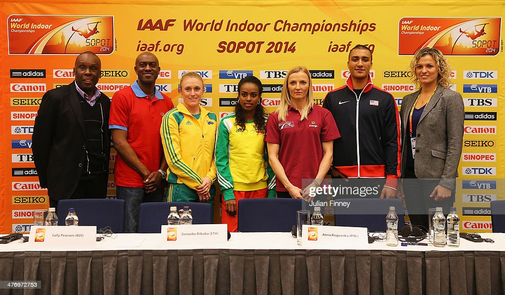 IAAF ambassadors Bruny Surin of Canada and Allen Johnson of the United States, <a gi-track='captionPersonalityLinkClicked' href=/galleries/search?phrase=Sally+Pearson+-+Athlete&family=editorial&specificpeople=200724 ng-click='$event.stopPropagation()'>Sally Pearson</a> of Australia, <a gi-track='captionPersonalityLinkClicked' href=/galleries/search?phrase=Genzebe+Dibaba&family=editorial&specificpeople=5083525 ng-click='$event.stopPropagation()'>Genzebe Dibaba</a> of Ethiopia, <a gi-track='captionPersonalityLinkClicked' href=/galleries/search?phrase=Anna+Rogowska&family=editorial&specificpeople=790729 ng-click='$event.stopPropagation()'>Anna Rogowska</a> of Poland, <a gi-track='captionPersonalityLinkClicked' href=/galleries/search?phrase=Ashton+Eaton+-+Track+and+Field+Athlete&family=editorial&specificpeople=5420683 ng-click='$event.stopPropagation()'>Ashton Eaton</a> of the United States and IAAF ambassador Natallia Dobrynska of the Ukraine pose after a press conference prior to the IAAF World Indoor Championships at the Sheraton Hotel on March 6, 2014 in Sopot, Poland.