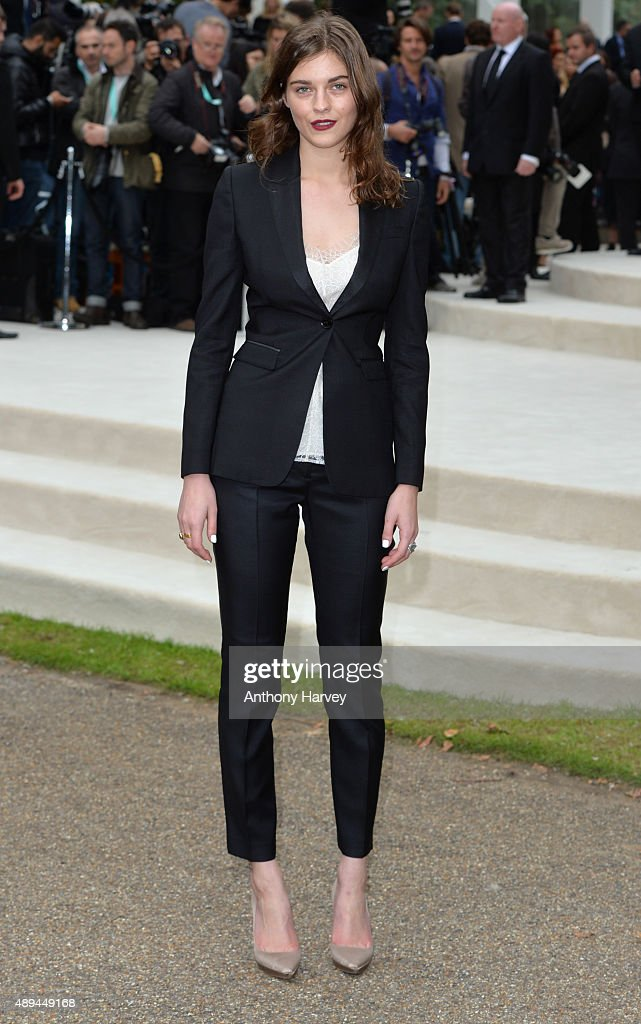 Amber Anderson attends the Burberry Prorsum show during London Fashion Week Spring/Summer 2016/17 on September 21 2015 in London England