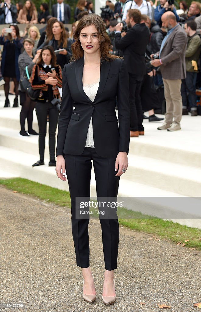 Amber Anderson attends the Burberry Prorsum show during London Fashion Week Spring/Summer 2016/17 at Kensington Gardens on September 21 2015 in...
