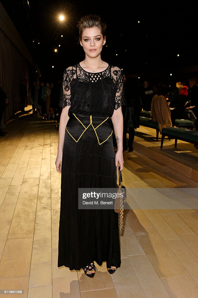 Amber Anderson wearing Burberry at the Burberry Womenswear February 2016 Show at Kensington Gardens on February 22 2016 in London England