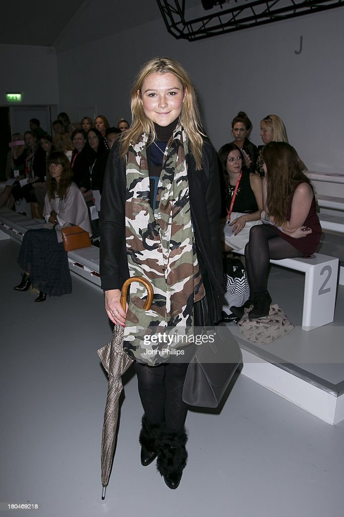 <a gi-track='captionPersonalityLinkClicked' href=/galleries/search?phrase=Amber+Atherton&family=editorial&specificpeople=7192882 ng-click='$event.stopPropagation()'>Amber Atherton</a> attends the DAKS show during London Fashion Week SS14 at BFC Courtyard Showspace on September 13, 2013 in London, England.