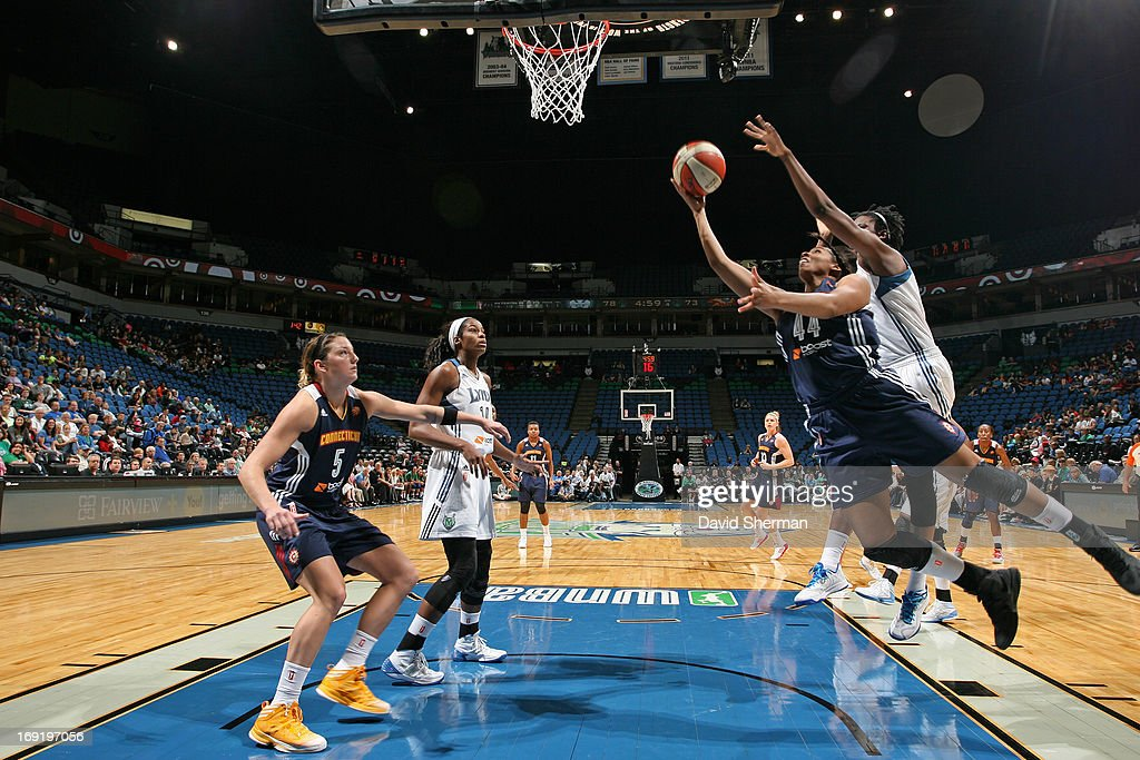<a gi-track='captionPersonalityLinkClicked' href=/galleries/search?phrase=Amber+Harris&family=editorial&specificpeople=2225907 ng-click='$event.stopPropagation()'>Amber Harris</a> defends #11 of the Minnesota Lynx defends against Ashley Walker #44 of the Connecticut Sun during the WNBA pre-season game on May 21, 2013 at Target Center in Minneapolis, Minnesota.
