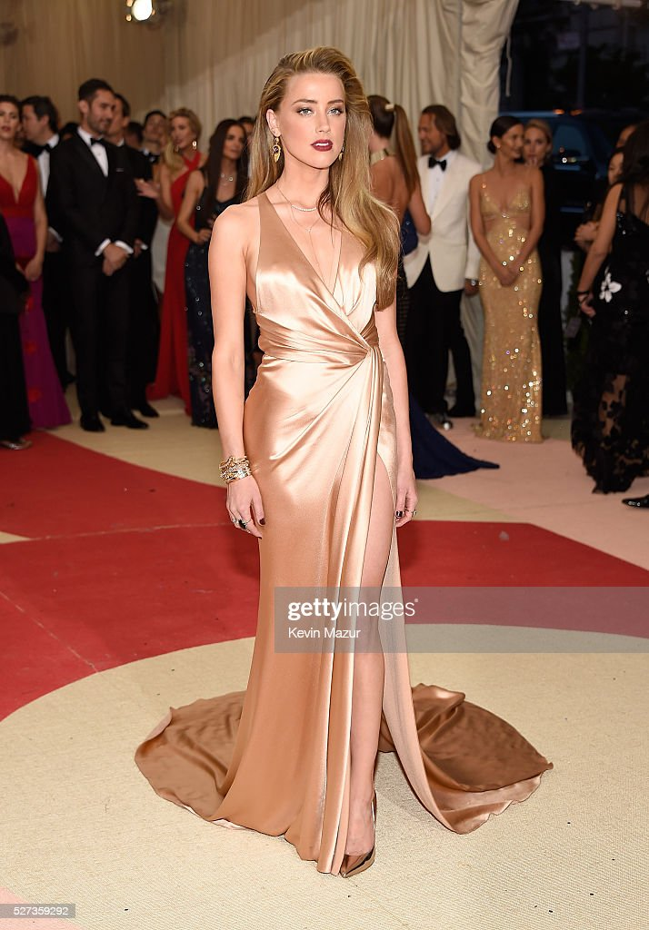 Amber Heard attends 'Manus x Machina Fashion In An Age Of Technology' Costume Institute Gala at Metropolitan Museum of Art on May 2 2016 in New York...