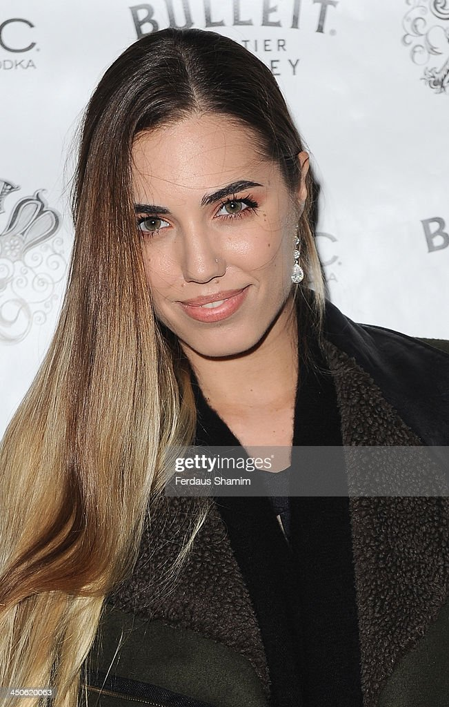 <a gi-track='captionPersonalityLinkClicked' href=/galleries/search?phrase=Amber+Le+Bon&family=editorial&specificpeople=1103030 ng-click='$event.stopPropagation()'>Amber Le Bon</a> arrives for the 'Steam and Rye' resturent launch party on November 19, 2013 in London, United Kingdom.