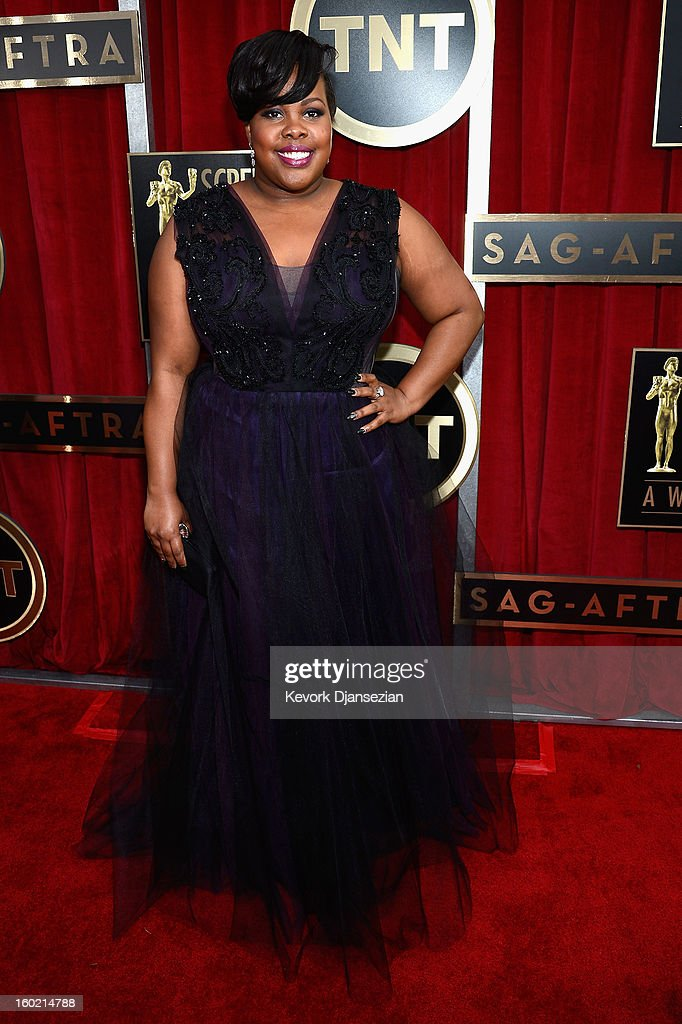 Amber Riley arrives at the 19th Annual Screen Actors Guild Awards held at The Shrine Auditorium on January 27, 2013 in Los Angeles, California.