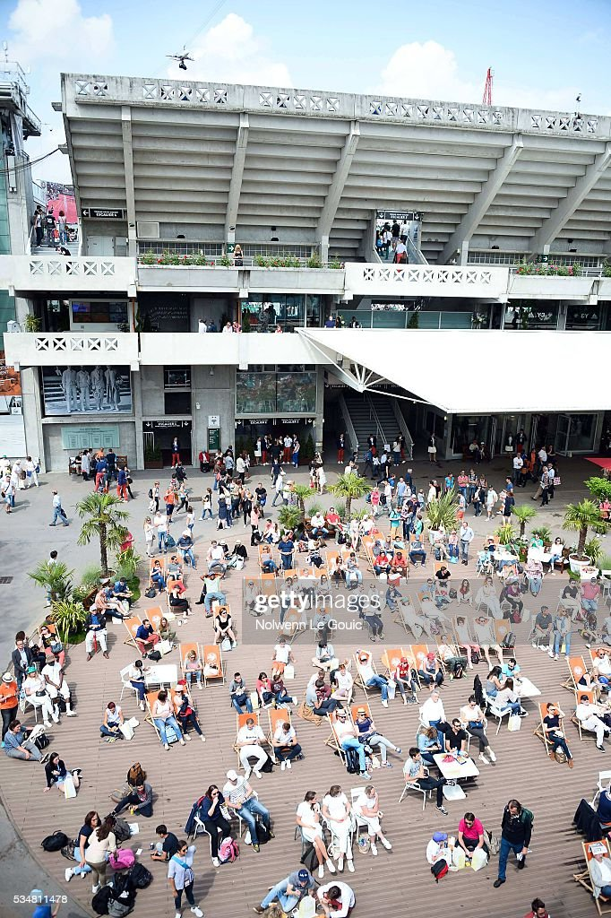 Ambiance during the Women's Singles third round on day seven of the French Open 2016 on May 28, 2016 in Paris, France.