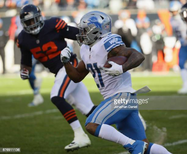 Ameer Abdullah of the Detroit Lions runs against the Chicago Bears at Soldier Field on November 19 2017 in Chicago Illinois The Lions defeated the...