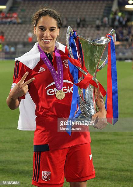 Amel Majri of Olympique Lyonnais with the trophy at the end of the UEFA Women's Champions League Final VfL Wolfsburg and Olympique Lyonnais between...
