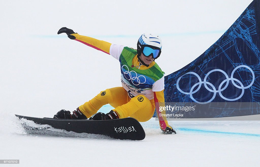 <a gi-track='captionPersonalityLinkClicked' href=/galleries/search?phrase=Amelie+Kober&family=editorial&specificpeople=869316 ng-click='$event.stopPropagation()'>Amelie Kober</a> of Germany competes during the Snowboard Ladies' Parallel Giant Slalom on day 15 of the Vancouver 2010 Winter Olympics at Cypress Mountain Resort on February 26, 2010 in Vancouver, Canada.