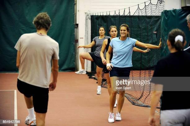 Amelie MAURESMO / Sandrine BREMOND Entrainement Fed Cup