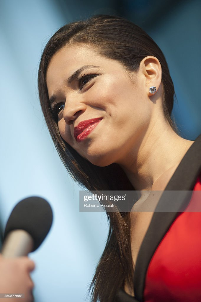 <a gi-track='captionPersonalityLinkClicked' href=/galleries/search?phrase=America+Ferrera&family=editorial&specificpeople=216393 ng-click='$event.stopPropagation()'>America Ferrera</a> attends 'X/Y' Gala Screening at Cineworld during the Edinburgh International Film Festival on June 19, 2014 in Edinburgh, Scotland.