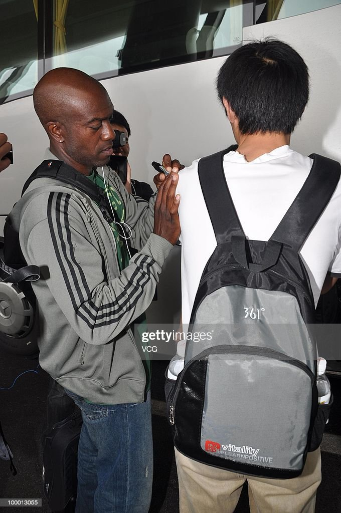 American 110-meter hurdler Allen Johnson arrives at Shanghai Pudong airport for the IAAF Diamond League Shanghai on May 20, 2010 in Shanghai, China.