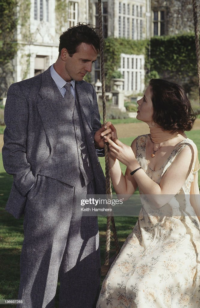 American actor Aidan Quinn and English actress Kate Beckinsale in a scene from the film 'Haunted' 1995