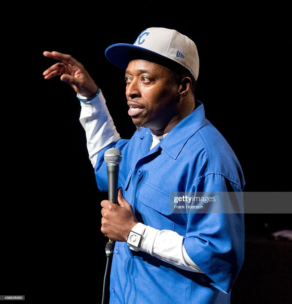 http://media.gettyimages.com/photos/american-actor-and-comedian-eddie-griffin-performs-live-at-the-on-picture-id458926560