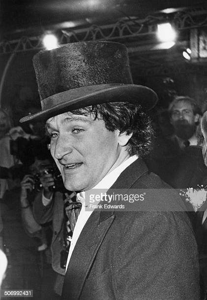 American actor and comedian Robin Williams at the premiere of 'Popeye' directed by Robert Altman and starring Williams in the title role Los Angeles...