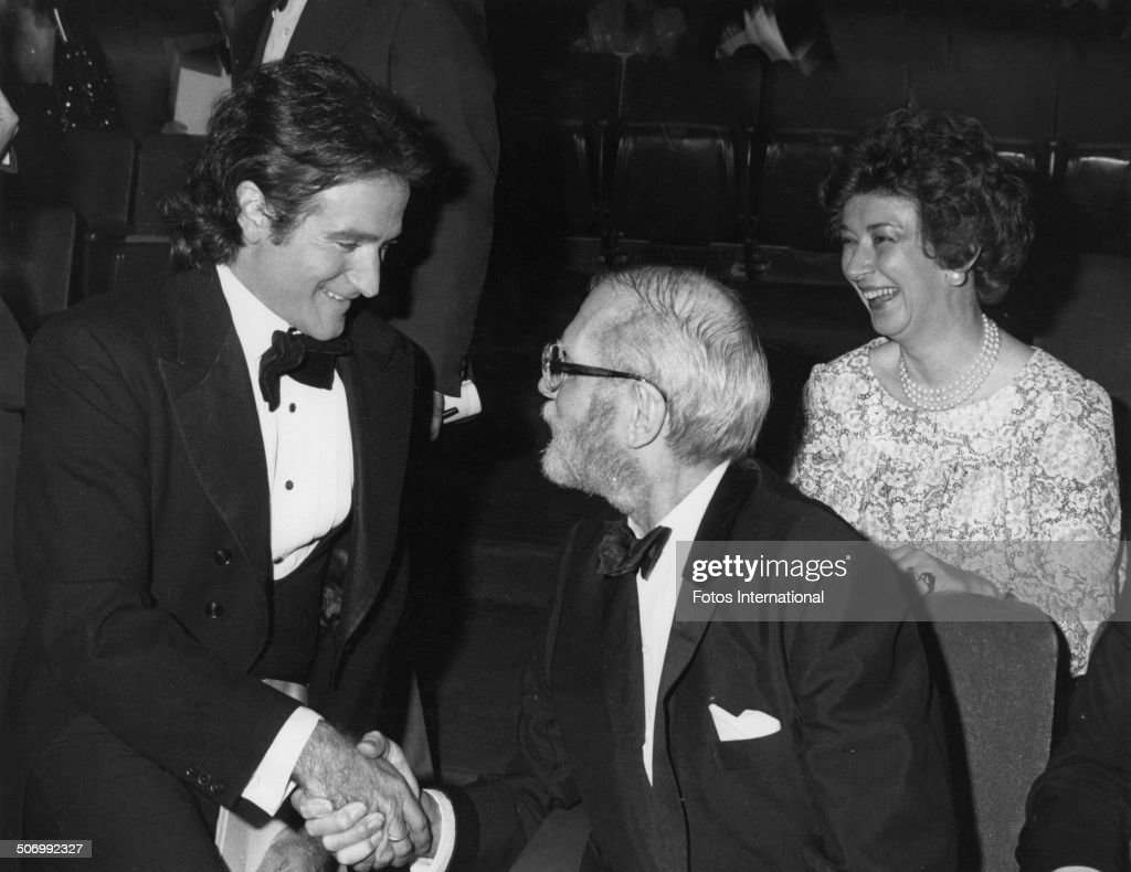 American actor and comedian Robin Williams with British actor Laurence Olivier at the 51st Academy Awards at the Dorothy Chandler Pavilion Los...