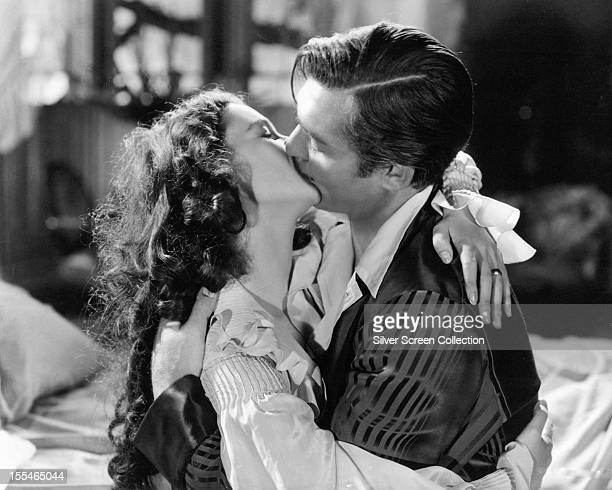 American actor Clark Gable as Rhett Butler and British actress Vivien Leigh as Scarlett O'Hara in 'Gone With The Wind' directed by Victor Fleming 1939