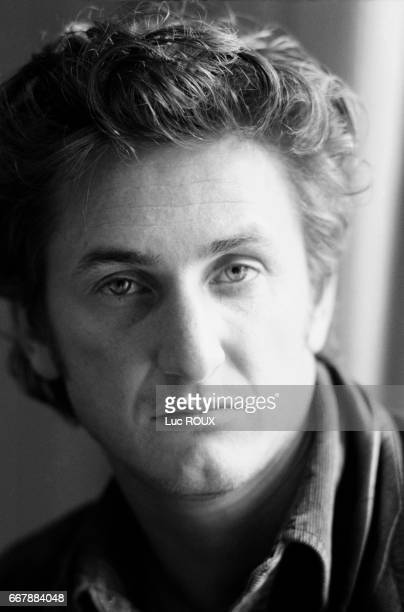 American actor, director and screenwriter Sean Penn attends the American Film Festival in Deauville to present his movie Crossing Guard, starring Jack Nicholson.