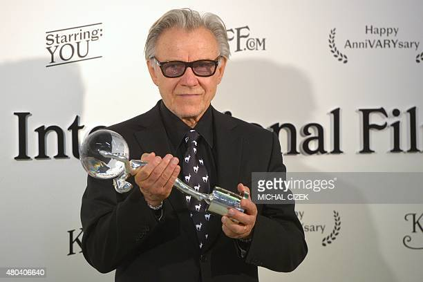 American actor Harvey Keitel poses with the Audience Award for the film ''Youth'' during the closing ceremony of the 50th Karlovy Vary International...