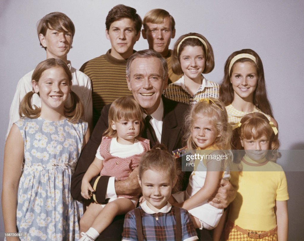 American actor <a gi-track='captionPersonalityLinkClicked' href=/galleries/search?phrase=Henry+Fonda&family=editorial&specificpeople=93512 ng-click='$event.stopPropagation()'>Henry Fonda</a> (1905 - 1982) surrounded by children, circa 1965.