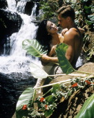 American actor John Kerr as Lieutenant Joseph Cable and France Nuyen as Liat in 'South Pacific' directed by Joshua Logan 1958