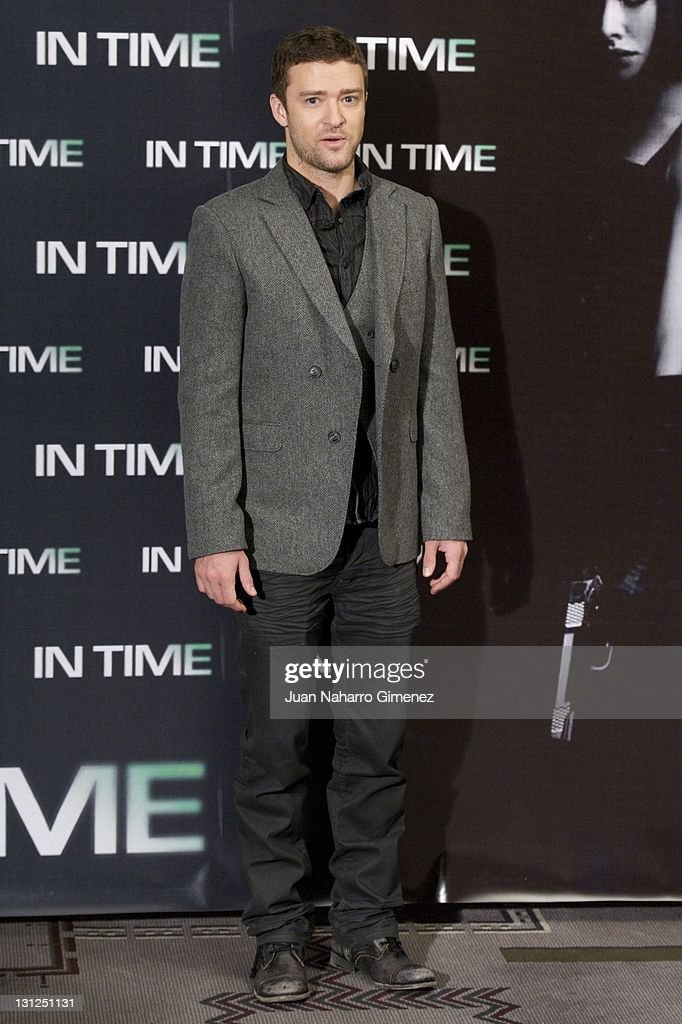 American actor <a gi-track='captionPersonalityLinkClicked' href=/galleries/search?phrase=Justin+Timberlake&family=editorial&specificpeople=157482 ng-click='$event.stopPropagation()'>Justin Timberlake</a> attends 'In Time' photocall at Villa Magna Hotel on November 3, 2011 in Madrid, Spain.