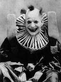 American actor Lon Chaney dressed as a clown for his role in the film 'He Who Gets Slapped' directed by Victor Sjostrom for MGM
