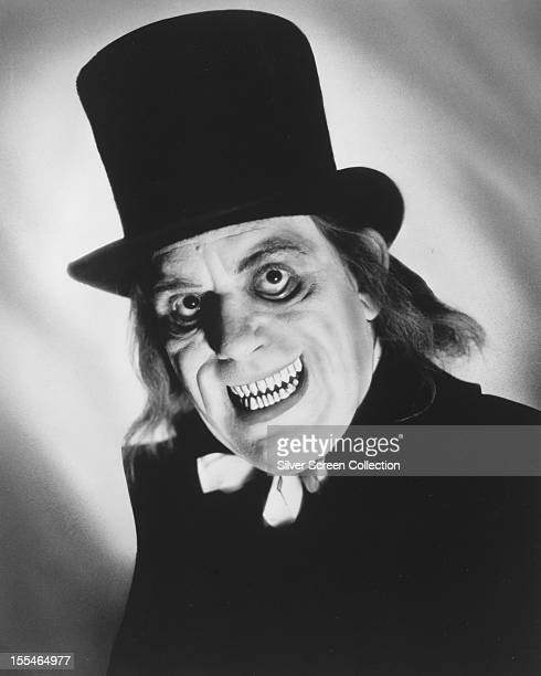 American actor Lon Chaney Sr as Inspector Burke in Tod Browning's lost silent film 'London After Midnight' 1927