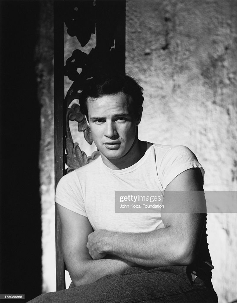 American actor <a gi-track='captionPersonalityLinkClicked' href=/galleries/search?phrase=Marlon+Brando&family=editorial&specificpeople=85897 ng-click='$event.stopPropagation()'>Marlon Brando</a> in character as Stanley Kowalski in the film 'A Streetcar Named Desire', directed by Elia Kazan, 1950.