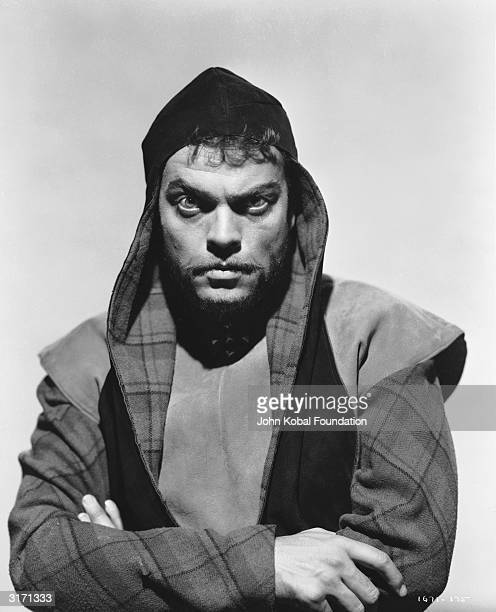 American actor Orson Welles directs and stars in a screen version of Shakespeare's 'Macbeth'