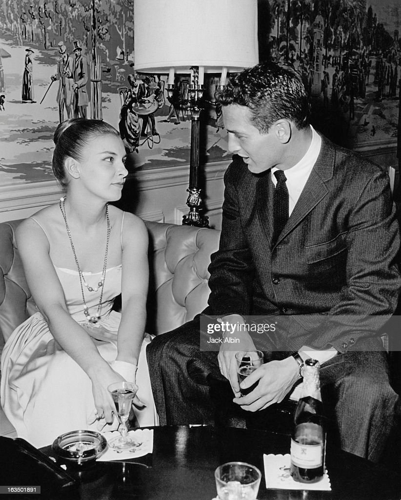 American actor Paul Newman with his wife actress Joanne Woodward at the Beverly Hills Hotel California circa 1960