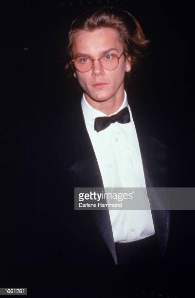 American actor River Phoenix attends the Golden Globe Awards Los Angeles California Janurary 28 1989