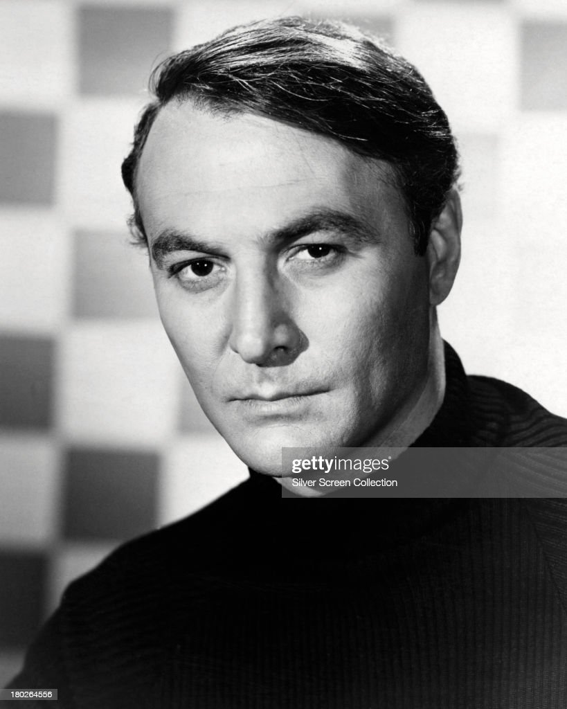 American actor Robert Loggia in a promotional portrait for the US TV series 'THE Cat' in which he plays Thomas Hewitt Edward Cat circa 1966