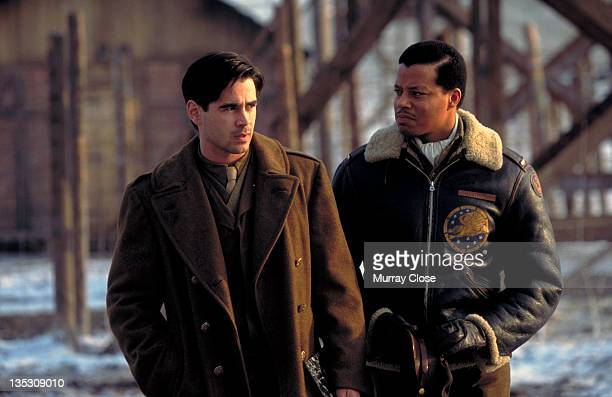 American actor Terrence Howard as Lieutenant Lincoln A Scott with Irish actor Colin Farrell as Lieutenant Thomas Hart in a scene from the film...
