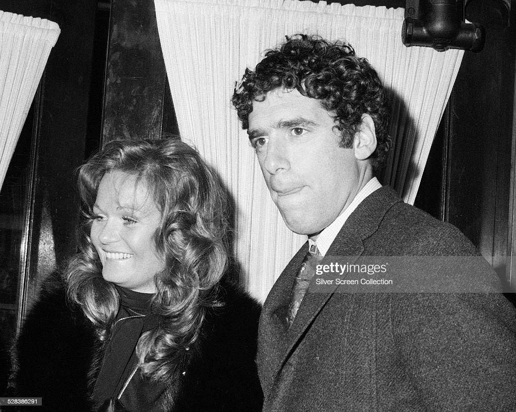 American actors Elliott Gould and Valerie Perrine circa 1975