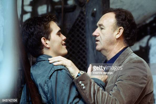 American actors Matt Dillon and Gene Hackman on the set of the film 'Target' directed by Arthur Penn