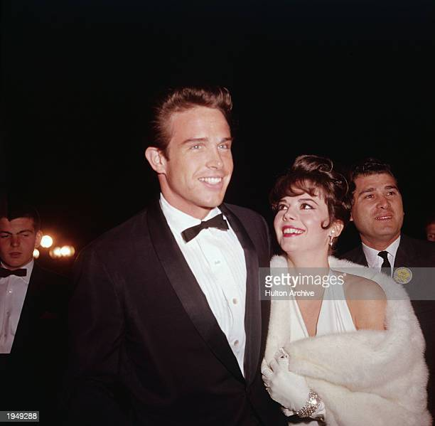 American actors Natalie Wood and Warren Beatty attend the Academy Awards Santa Monica California April 9 1962