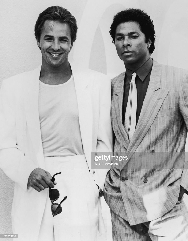 American actors Philip Michael Thomas as Tubbs and Don Johnson as Crockett in the TV detective series 'Miami Vice', circa 1988.