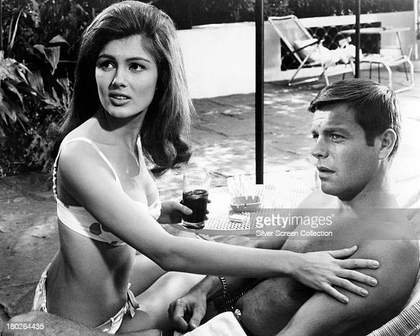 American actors Robert Wagner as Allan Taggert and Pamela Tiffin as Miranda Sampson in 'Harper' directed by Jack Smight 1966
