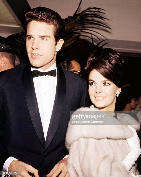 American actors Warren Beatty and Natalie Wood at a formal event circa 1961